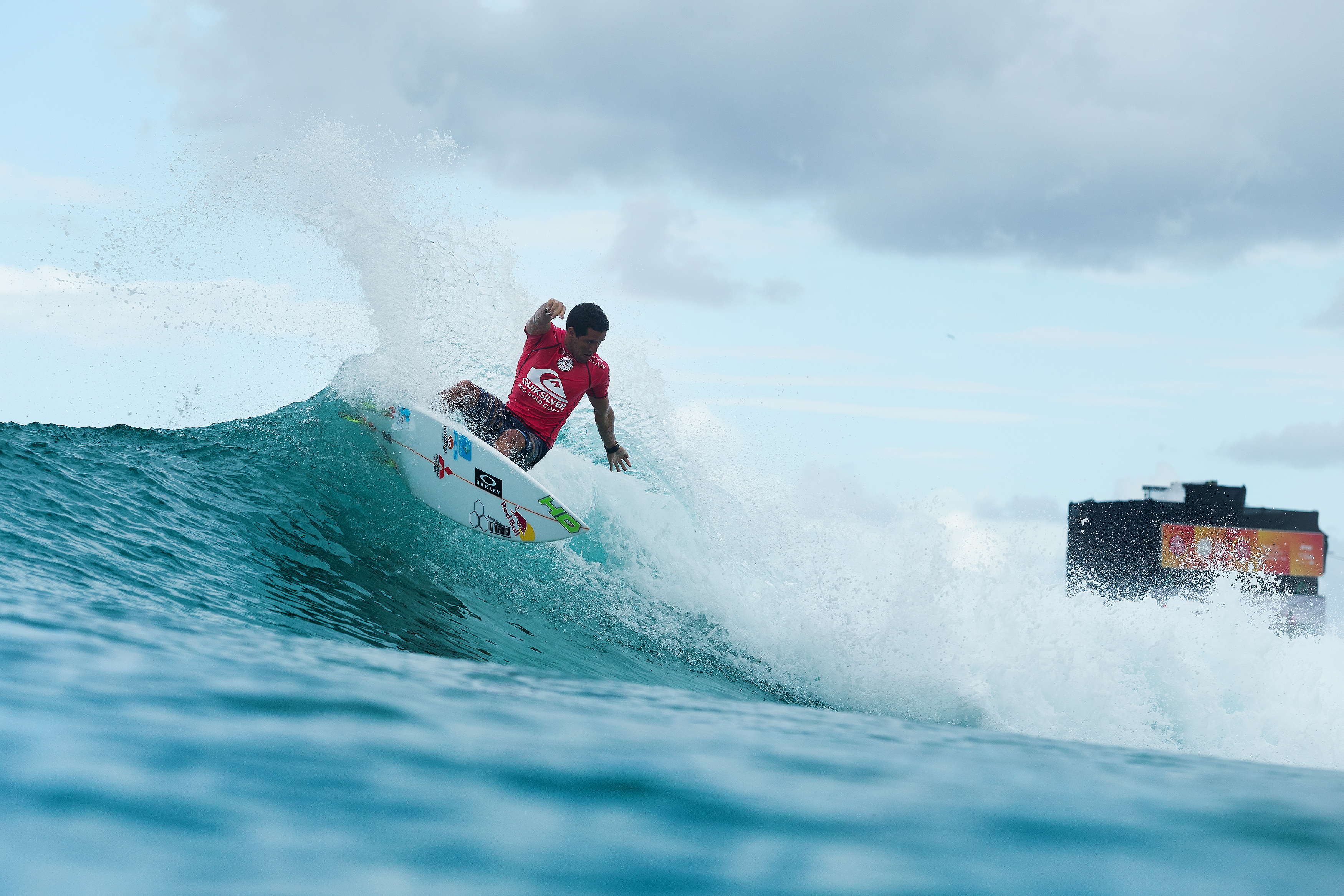 Reining World Champion Adriano De Souza will be looking to get his 2016 competitive season off to a flying start at Snapper Rocks this Thursday when the Quiksilver Pro Gold Coast Kicks off. Image: WSL / Cestrari