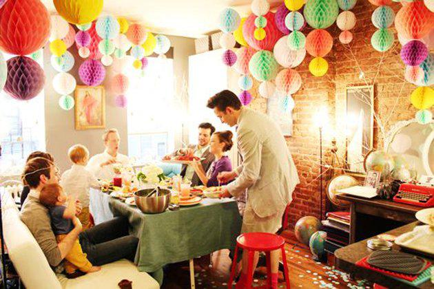 The Gathering Guide - 7 Things to Consider When Hosting a House Party